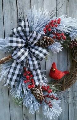 Beautiful DIY Winter Wreath To Place It On Your Door 24