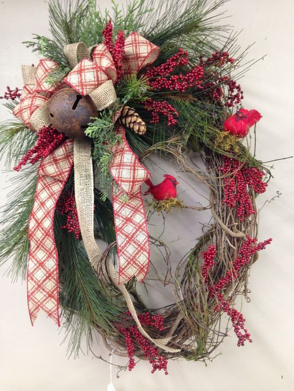 Beautiful DIY Winter Wreath To Place It On Your Door 38