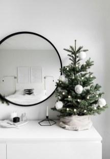 Best Ideas For Apartment Christmas Decoration 05