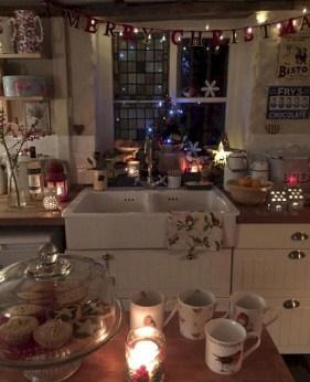 Best Ideas For Apartment Christmas Decoration 08