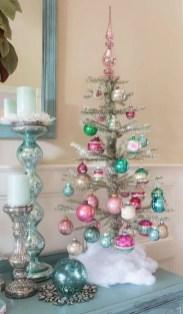 Best Ideas For Apartment Christmas Decoration 11