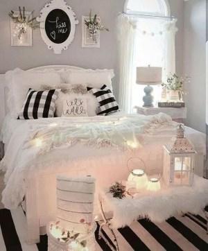 Best Master Bedroom Decoration Ideas For Winter 09