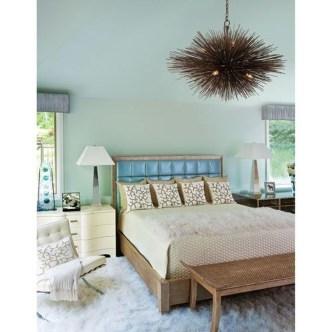 Best Master Bedroom Decoration Ideas For Winter 25