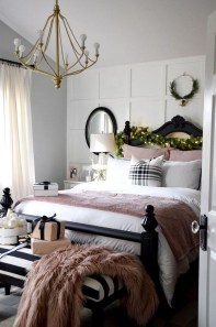 Best Master Bedroom Decoration Ideas For Winter 29