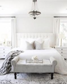 Best Master Bedroom Decoration Ideas For Winter 32