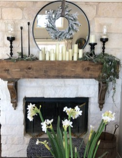 Inspiring Fireplace Mantel Decorating Ideas For Winter 12