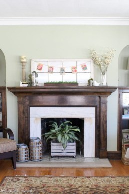Inspiring Fireplace Mantel Decorating Ideas For Winter 16