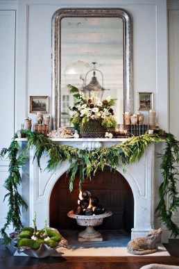 Inspiring Fireplace Mantel Decorating Ideas For Winter 18