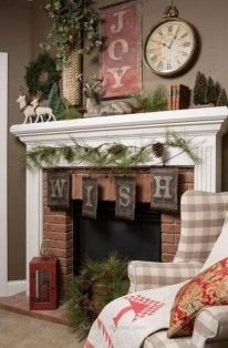 Inspiring Fireplace Mantel Decorating Ideas For Winter 38
