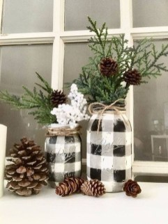 Outstanding Winter Decoration Ideas For Your Apartment 12