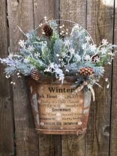 Outstanding Winter Decoration Ideas For Your Apartment 41