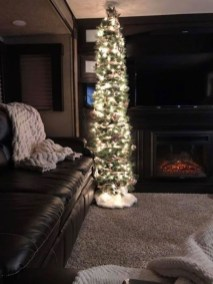 Most Inspiring Holiday Decoration Ideas For Your RV 26