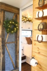 Most Inspiring Holiday Decoration Ideas For Your RV 47