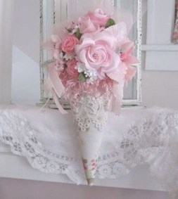 Affordable Valentine's Day Shabby Chic Decorations On A Budget 01