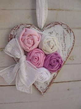 Affordable Valentine's Day Shabby Chic Decorations On A Budget 18
