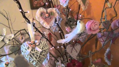 Affordable Valentine's Day Shabby Chic Decorations On A Budget 20
