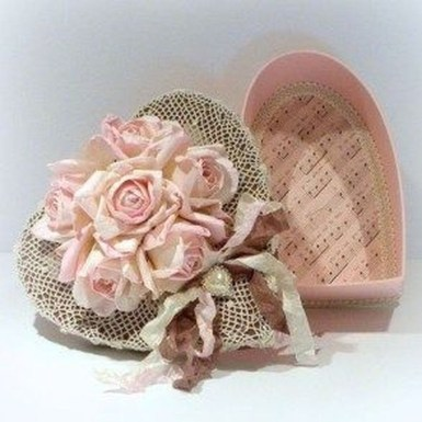 Affordable Valentine's Day Shabby Chic Decorations On A Budget 24