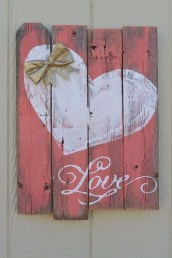 Affordable Valentine's Day Shabby Chic Decorations On A Budget 39