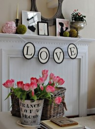 Best Valentines Day Mantel Decor Ideas That You Will Falling In Love With 07