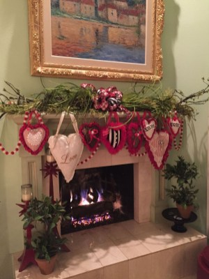 Best Valentines Day Mantel Decor Ideas That You Will Falling In Love With 18