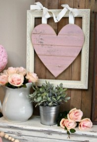 Best Valentines Day Mantel Decor Ideas That You Will Falling In Love With 49