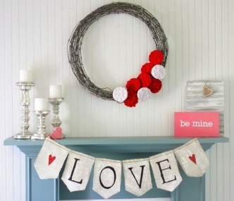 Best Valentines Day Mantel Decor Ideas That You Will Falling In Love With 50