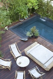 Comfy Pool Seating Ideas For Your Outdoor Decoration 11