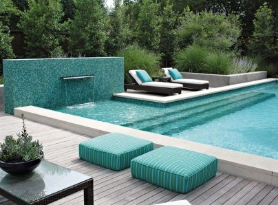 Comfy Pool Seating Ideas For Your Outdoor Decoration 49