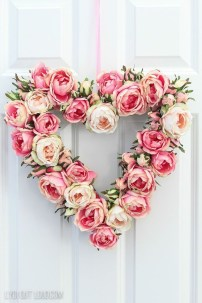 Creative DIY Valentines Day Decoration Ideas To Beautify Your Home 01