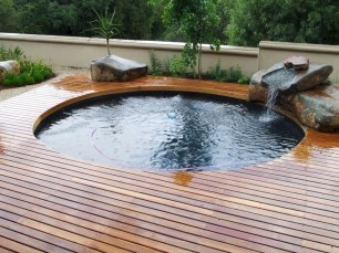 Extraordinary Small Pool Design Ideas For Small Backyard 38