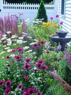 Fascinating Cottage Garden Ideas To Create Cozy Private Spot 04