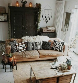 Gorgeous Bohemian Farmhouse Decorating Ideas For Your Living Room 25