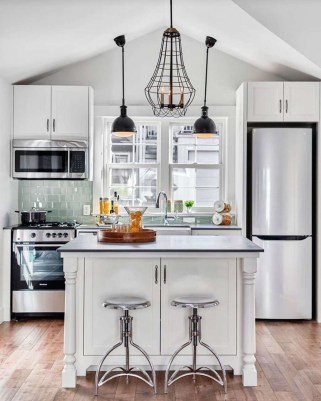Gorgeous Small Kitchen Design Ideas For Your Small Home 07