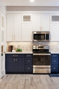 Gorgeous Small Kitchen Design Ideas For Your Small Home 23