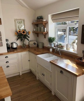Gorgeous Small Kitchen Design Ideas For Your Small Home 35