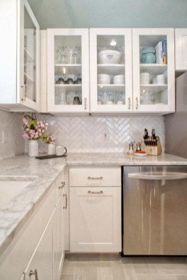 Gorgeous Small Kitchen Design Ideas For Your Small Home 43