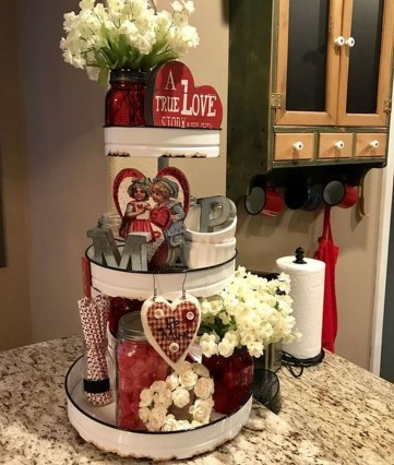 Lovely Valentines Day Home Decor To Win Over The Hearts 34