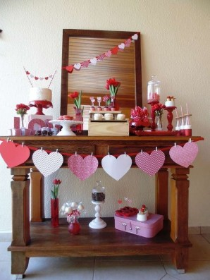 Lovely Valentines Day Home Decor To Win Over The Hearts 43