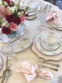 Magnificent Dining Room Decorating Ideas For Valentine's Day 02