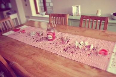 Most Inspiring Valentine's Day Simple Table Decoration Ideas 37