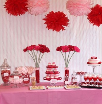 Perfect Valentine's Day Romantic Dining Table Decor Ideas For Two People 23