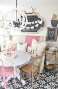 Romantic Valentine Decoration Ideas For Your Living Room 34