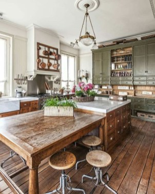 Rustic Farmhouse Kitchen Ideas To Get Traditional Accent 16