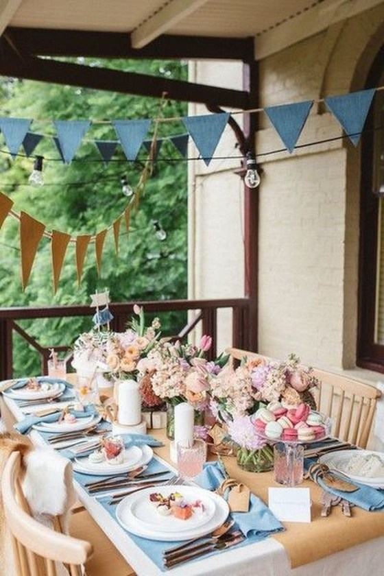 Unordinary Valentine Outdoor Decorations Table Settings For Couple 22
