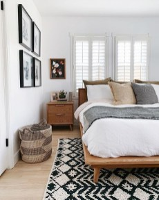Affordable Rug Bedroom Decor Ideas To Try Right Now 28