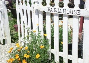 Awesome Farmhouse Garden Fence For Winter To Spring 15