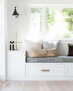 Comfy Window Seat Ideas For A Cozy Home 05