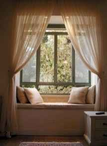 Comfy Window Seat Ideas For A Cozy Home 13