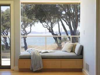 Comfy Window Seat Ideas For A Cozy Home 22