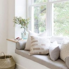 Comfy Window Seat Ideas For A Cozy Home 40